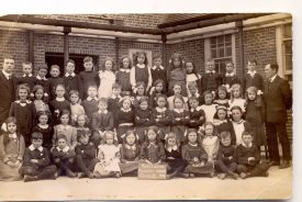 Kenilworth Council School, Class II 1914. This is now St Nicholas C of E Community Primary School on the Blundells. | Image supplied by Morgana Fay