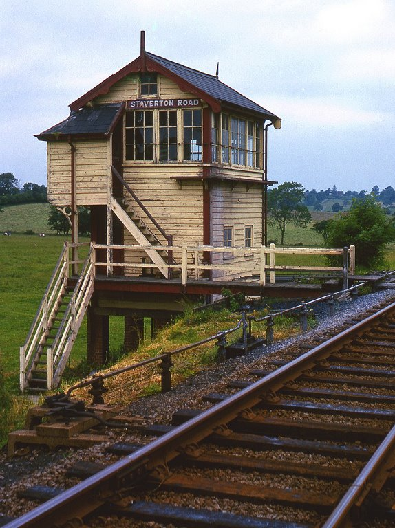 Staverton Road Signal Box | Image courtesy of Andy Smith