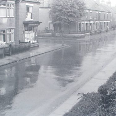 Photographs of a rainy day in Edward Street, Nuneaton. August 1950. | Warwickshire County Record Office reference PH882/1/35