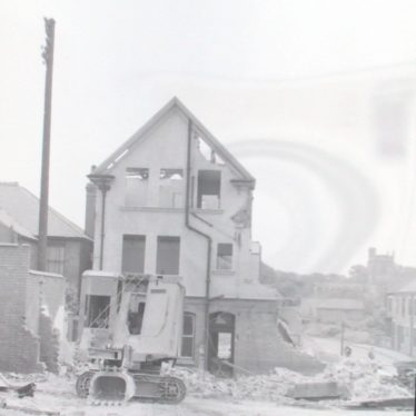 Photograph of another view of 'Bleak House' [Black Horse] pub in course of demolition.13th June 1959. | Warwickshire County Record Office reference PH882/2/923