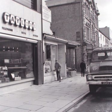 Photos of old Shops in Nuneaton: Then and Now