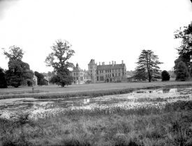 Walton Hall, the seat of the Mordaunt Family. | Warwickshire County Record Office, reference PH(N) 600/584/2