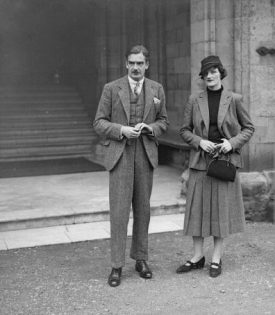 Anthony Eden in the courtyard of Warwick Castle, c.1935. | Image courtesy of Warwick Castle Archives
