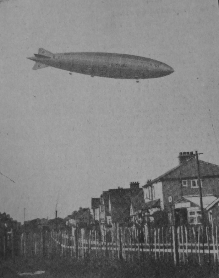 The R101 passes over Sidney Road, Hillmorton, October 18th 1929. | Rugby Advertiser 25/10/1929, supplied by Warwickshire County Record Office.