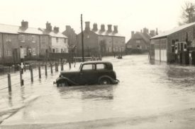 Floods in Wolston, possibly 1950s?