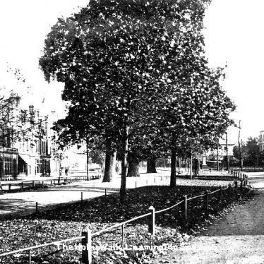 Leamington Spa.  Holly Walk