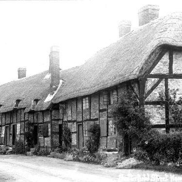 Hampton Lucy.  Snitterfield Street
