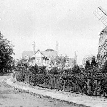 Leamington Spa,  Tachbrook Road Windmill