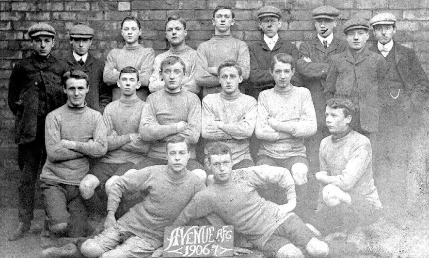 Leamington Spa Avenue football club team photograph, 1906/7 season. |  IMAGE LOCATION: (Warwickshire County Record Office)