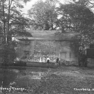 Southam.  Old Mill, Stoneythorpe