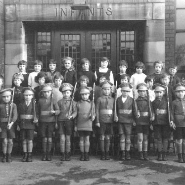 Leamington Spa.  School pupils