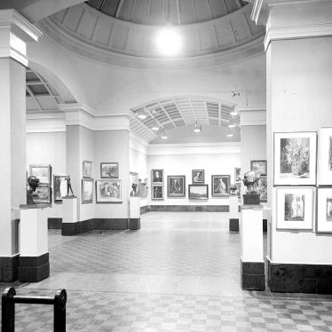Leamington Spa.  Art Gallery
