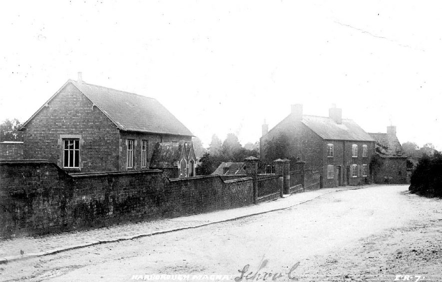 School and cottages in Main Street, Harborough Magna.  1900s |  IMAGE LOCATION: (Warwickshire County Record Office)