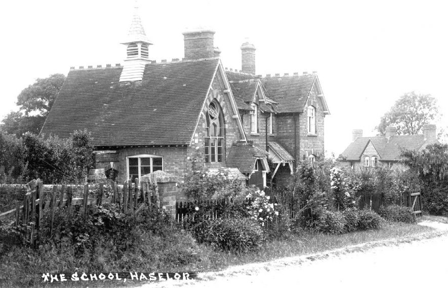 Haselor school.  1930s |  IMAGE LOCATION: (Warwickshire County Record Office)