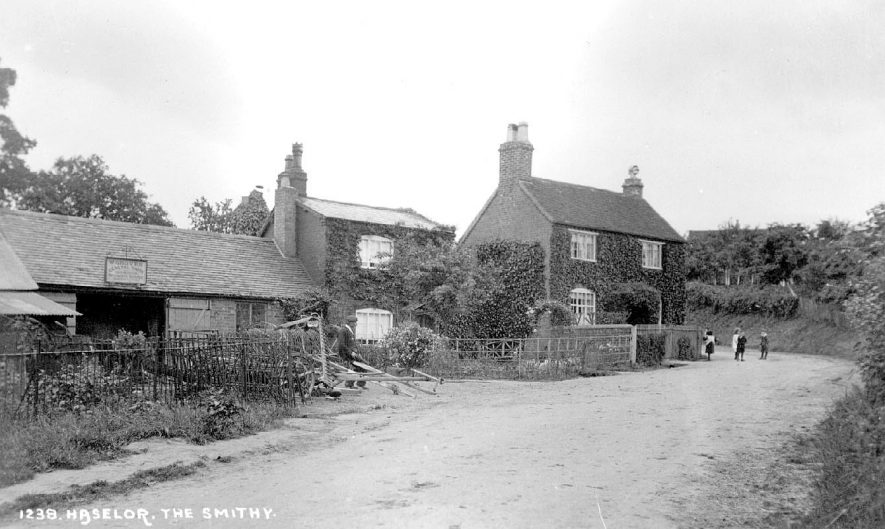 W. Groves smithy at Haselor.  1900s |  IMAGE LOCATION: (Warwickshire County Record Office)