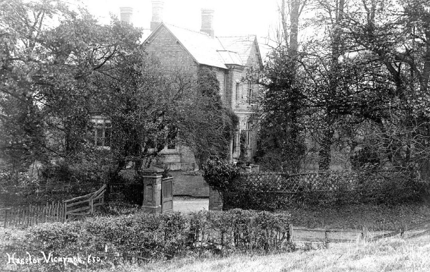 The vicarage at Haselor.  1920s |  IMAGE LOCATION: (Warwickshire County Record Office)