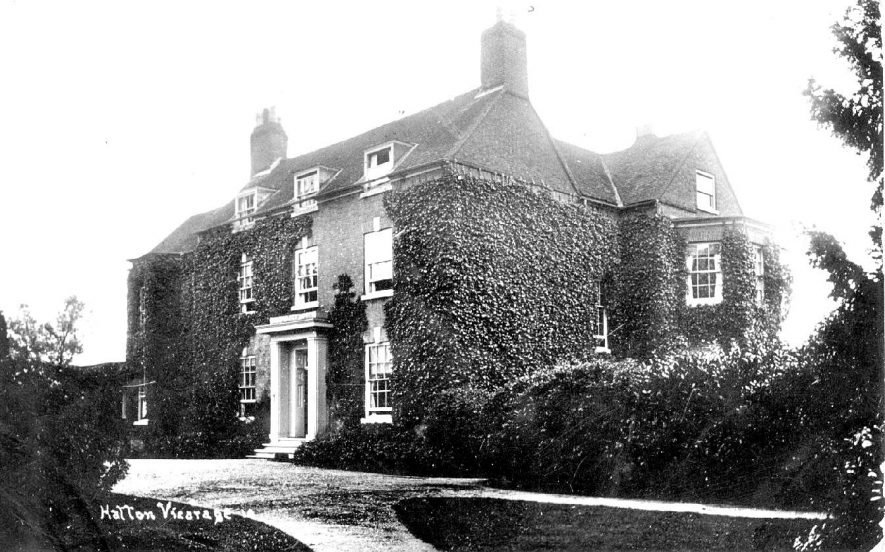 The vicarage at Hatton.  1920s |  IMAGE LOCATION: (Warwickshire County Record Office)