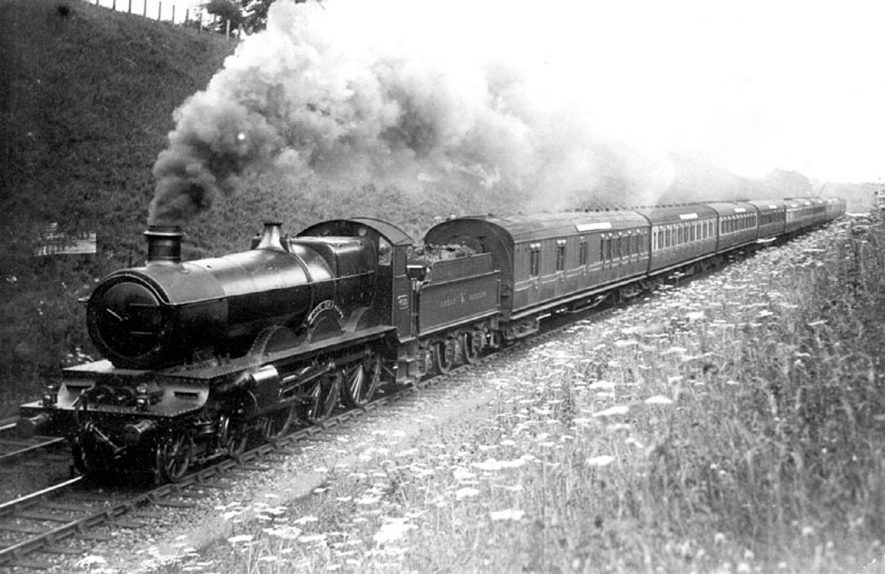 Hatton Bank.  London to Birmingham passenger train G.W.R.  Pulled by engine 4030  4-6-0.  1920s |  IMAGE LOCATION: (Warwickshire County Record Office)