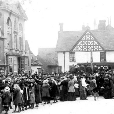 Henley in Arden.  Proclamation of King George V