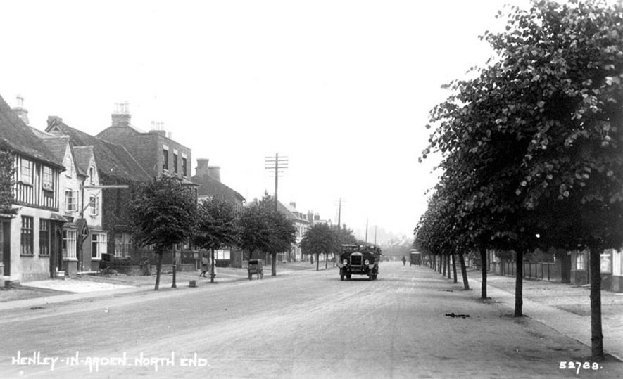 North End, Henley in Arden.  1930s |  IMAGE LOCATION: (Warwickshire County Record Office)
