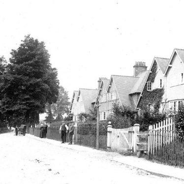 Henley in Arden.  New Road