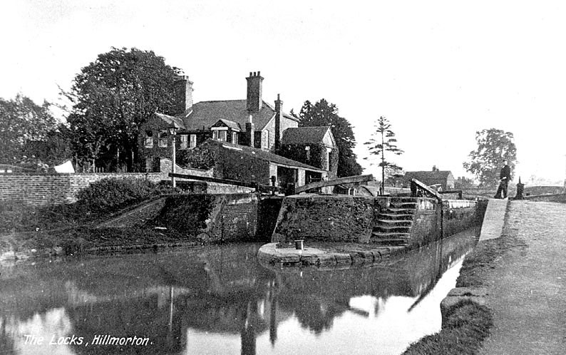 The locks on the Oxford canal at Hillmorton.  1940s |  IMAGE LOCATION: (Warwickshire County Record Office)