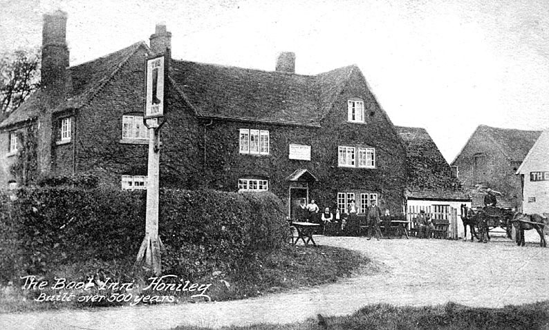 Outside view of The Boot Inn, Honiley.  1910s |  IMAGE LOCATION: (Warwickshire County Record Office)