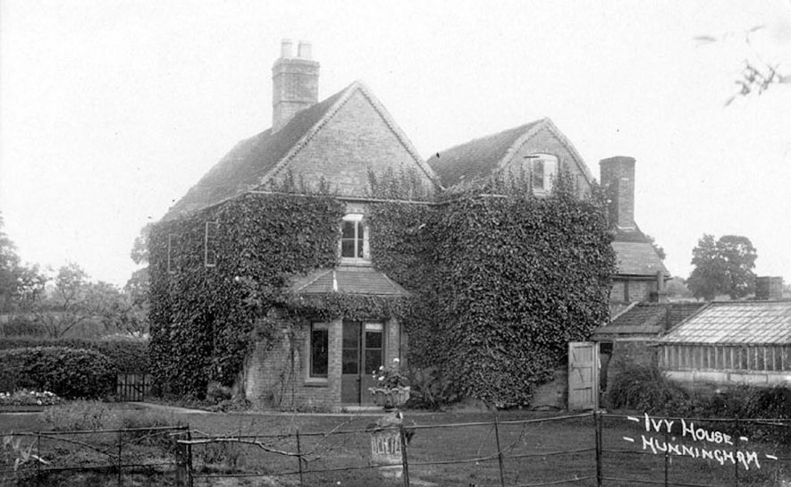 Ivy House, Hunningham.  1900s |  IMAGE LOCATION: (Warwickshire County Record Office)