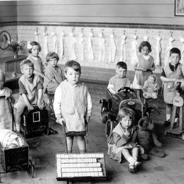 Bedworth.  George Street Infants School