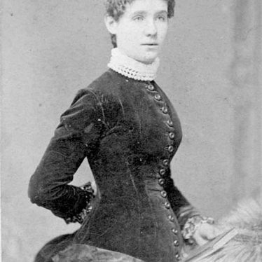 Warwick.  Lizzie McCutchion