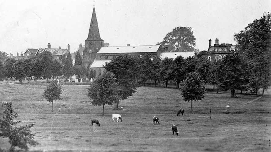 Abbey Fields, Kenilworth.  1920s |  IMAGE LOCATION: (Warwickshire County Record Office)