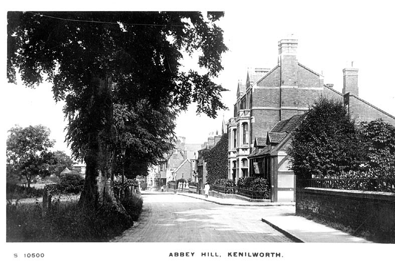 View of Abbey Hill, Kenilworth.  1920s |  IMAGE LOCATION: (Warwickshire County Record Office)