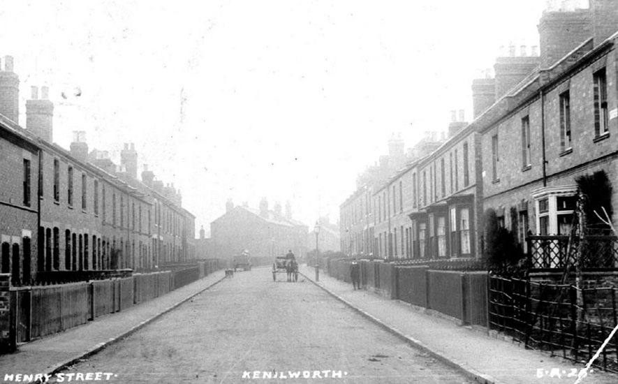 Henry Street, Kenilworth.  1900s |  IMAGE LOCATION: (Warwickshire County Record Office)