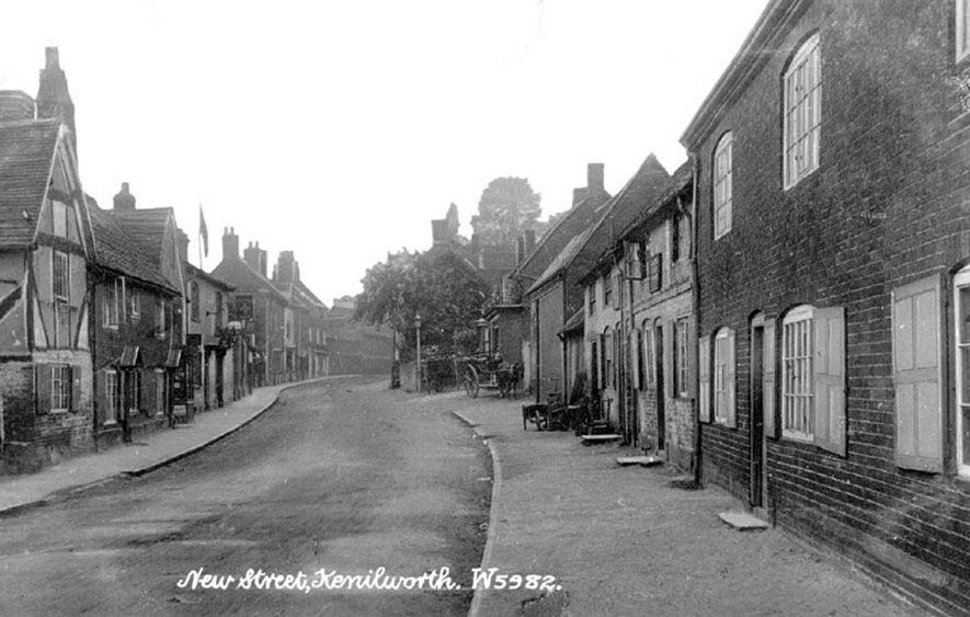 View along New Street, Kenilworth.  1900s |  IMAGE LOCATION: (Warwickshire County Record Office)