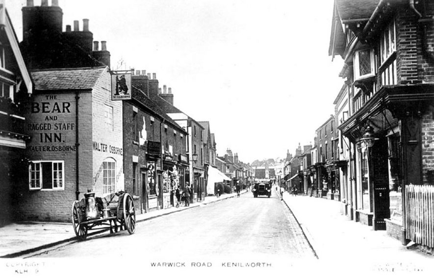 General view of Warwick Road, Kenilworth.  1920s |  IMAGE LOCATION: (Warwickshire County Record Office)