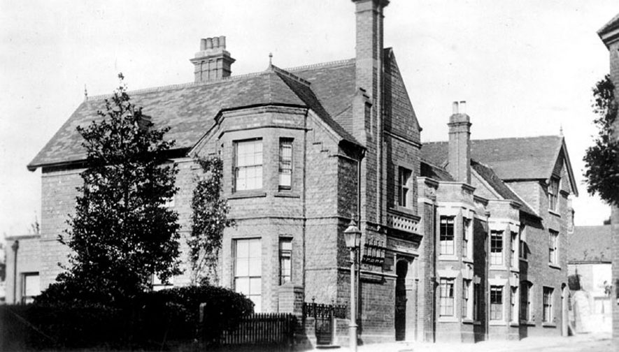 Exterior of  The Convalescent Home, Kenilworth.  1910s |  IMAGE LOCATION: (Warwickshire County Record Office)