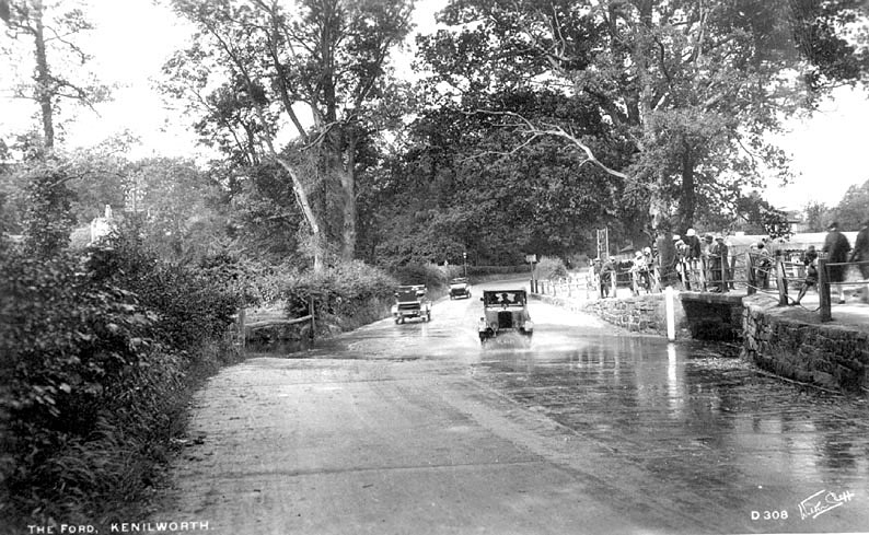Cars driving through The Ford, Castle Road, Kenilworth.  1930s |  IMAGE LOCATION: (Warwickshire County Record Office)