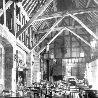 Kenilworth.  Castle, Lord Leycester's Barn Interior