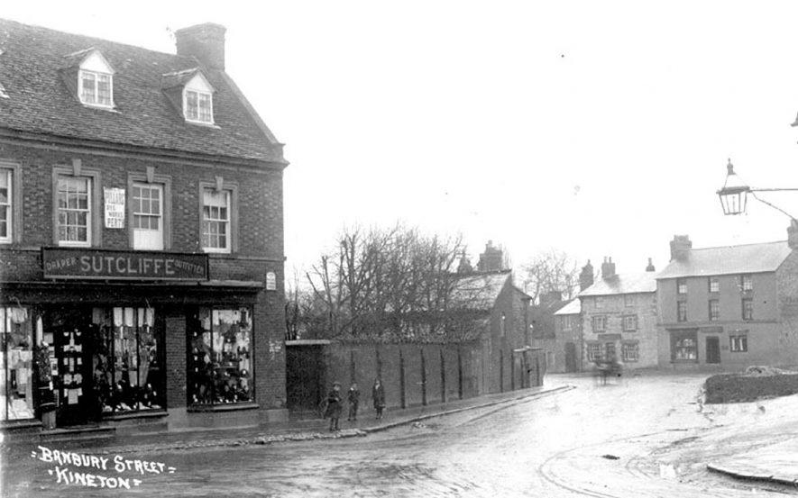 Banbury Street, Kineton.  1920s    IMAGE LOCATION: (Warwickshire County Record Office)