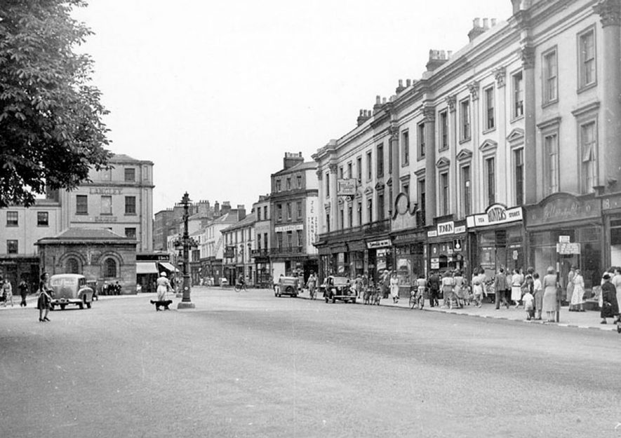 Victoria Terrace, Leamington Spa.  1950s |  IMAGE LOCATION: (Warwickshire County Record Office)