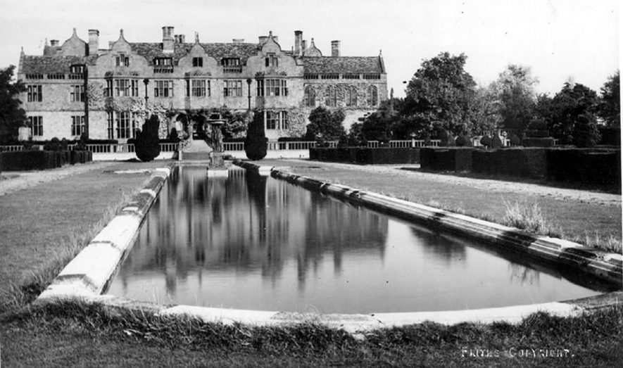 Moreton Paddox garden and house.  Moreton Morrell.  1950s |  IMAGE LOCATION: (Warwickshire County Record Office)