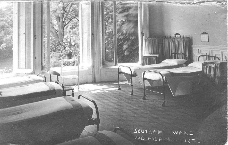 Southam Ward in the V.A.D. Hospital, 'The Springs', Coventry Road; showing beds. Photo:  no.127.  c. 1917 |  IMAGE LOCATION: (Warwickshire County Record Office) IMAGE DATE: (c.1917)