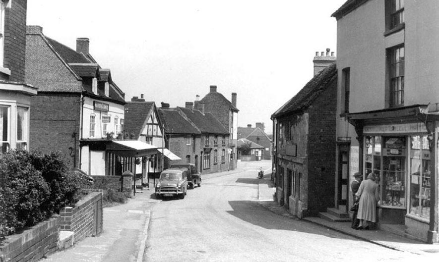 Market Street, Polesworth.  1950s |  IMAGE LOCATION: (Warwickshire County Record Office)