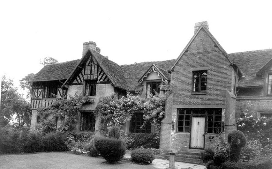 The Old Castle, Studley.  1960s |  IMAGE LOCATION: (Warwickshire County Record Office)