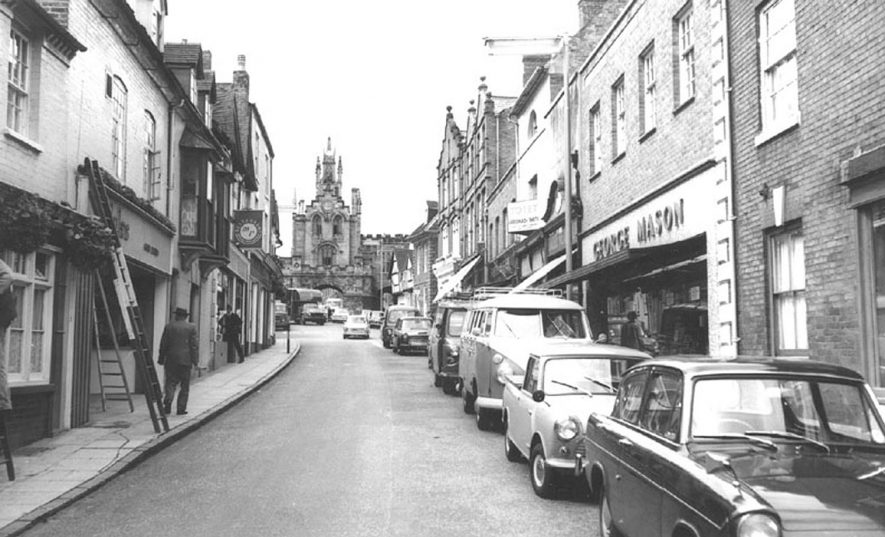 Smith Street, Warwick.  1960s |  IMAGE LOCATION: (Warwickshire County Record Office)