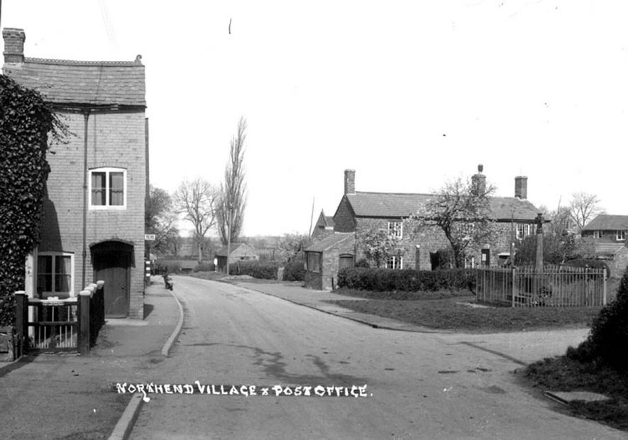 Cottages, Post Office and War Memorial, Northend.  1930s |  IMAGE LOCATION: (Warwickshire County Record Office)