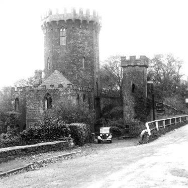 Edgehill.  Round Tower