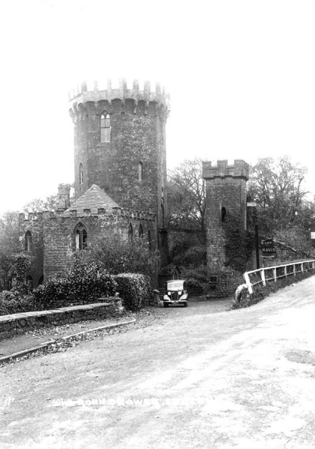 The Round Tower, Edgehill.  1930s |  IMAGE LOCATION: (Warwickshire County Record Office)