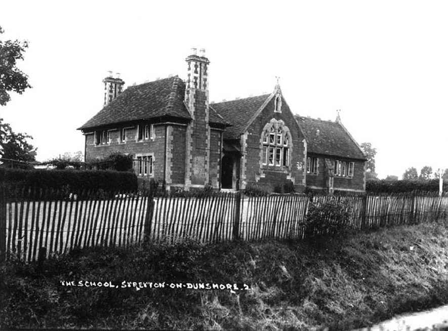Stretton on Dunsmore school.  1930s |  IMAGE LOCATION: (Warwickshire County Record Office)