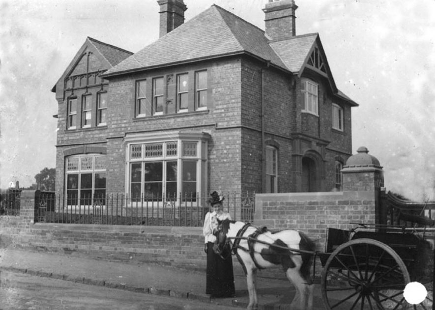 Boys' College, Priory Road, Kenilworth.  1910s |  IMAGE LOCATION: (Warwickshire County Record Office)